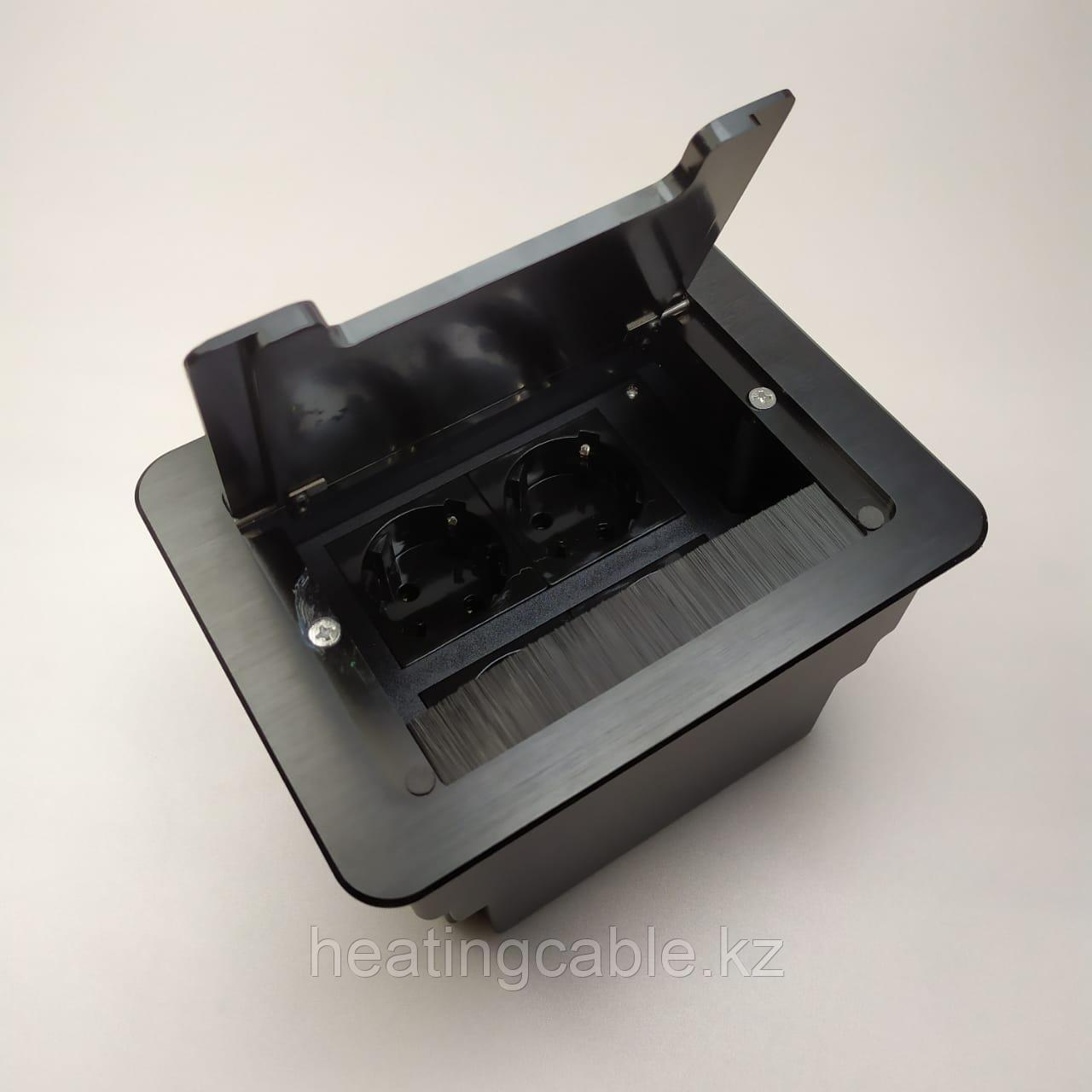 Настольный бокс на 8 модулей (4 розетки 220v), черный, встраиваемая розетка в стол