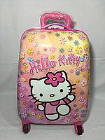 "Детский чемодан для девочек на 4-х колесах""Hello Kitty"" .Высота 46 см, ширина 32 см, глубина 21 см., фото 1"