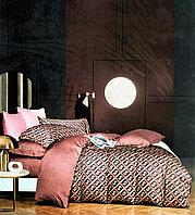 Комплект полуторного постельного белья с брендовыми логотипами из египетского хлопка