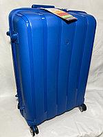 """Большой пластиковый дорожный чемодан на 4-х колесах""""Fast Step"""". Высота 76 см, ширина 50 см, глубина 31 см., фото 1"""