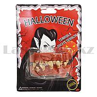 Накладные зубы монстра Halloween красный и коричневый