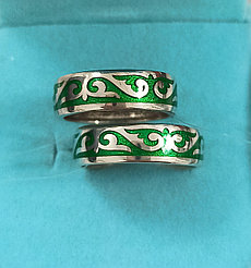 Обручальные кольца, серебро. размеры колец. 16 и 17,5.
