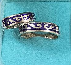 Кольца серебро ( обручальные). размер колец: 17-21,5 фиолетовая эмаль.