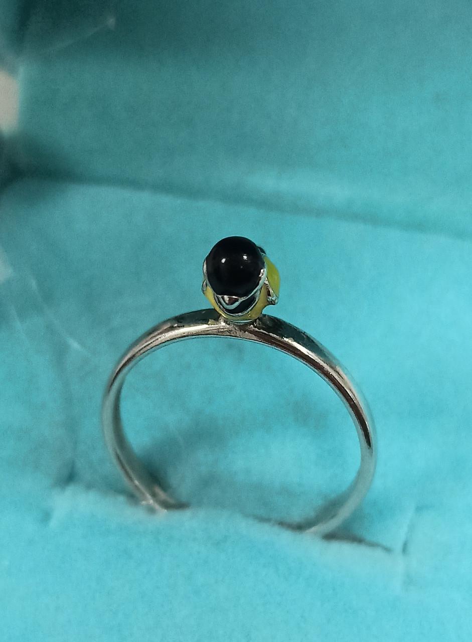 Кольцо серебро размер кольца 15,5.