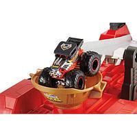 Hot Wheels Игровой набор Монстр трак «Передвижной трамплин»