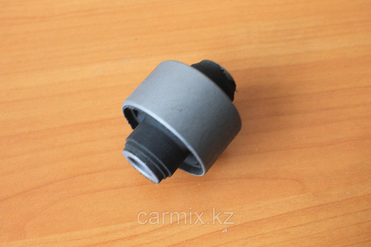 Сайлентблок переднего нижнего рычага CHARIOT GRANDIS N84W