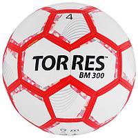 Мяч футбольный TORRES BM 300, размер 4, 28 панелей, глянцевый TPU, 2 подкладочных слоя, машинная сшивка, цвет