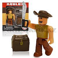 Фигурка Roblox пластиковая 7 см Ковбой с мечом и сундуком