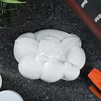Фигурка под роспись 'Ангел спящий на облаке' 8х6х2см