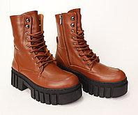 Осенние кожаные женские ботинки.