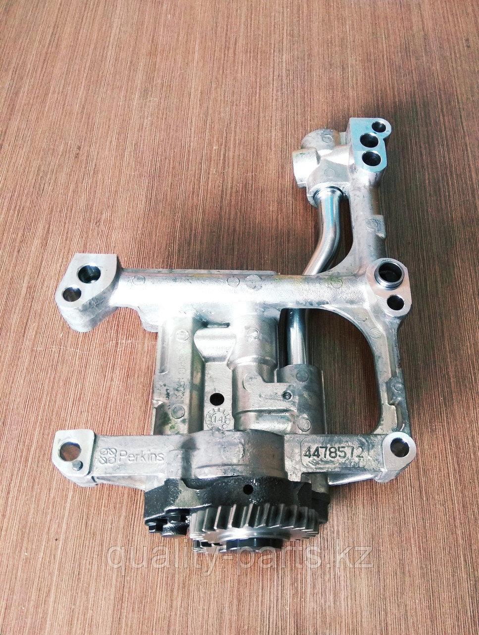 Масляный насос на экскаватор-погрузчик Hidromek 102B (с двигателем Perkins)