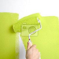 Водоэмульсионная краска – её разновидности и способы нанесения на стену