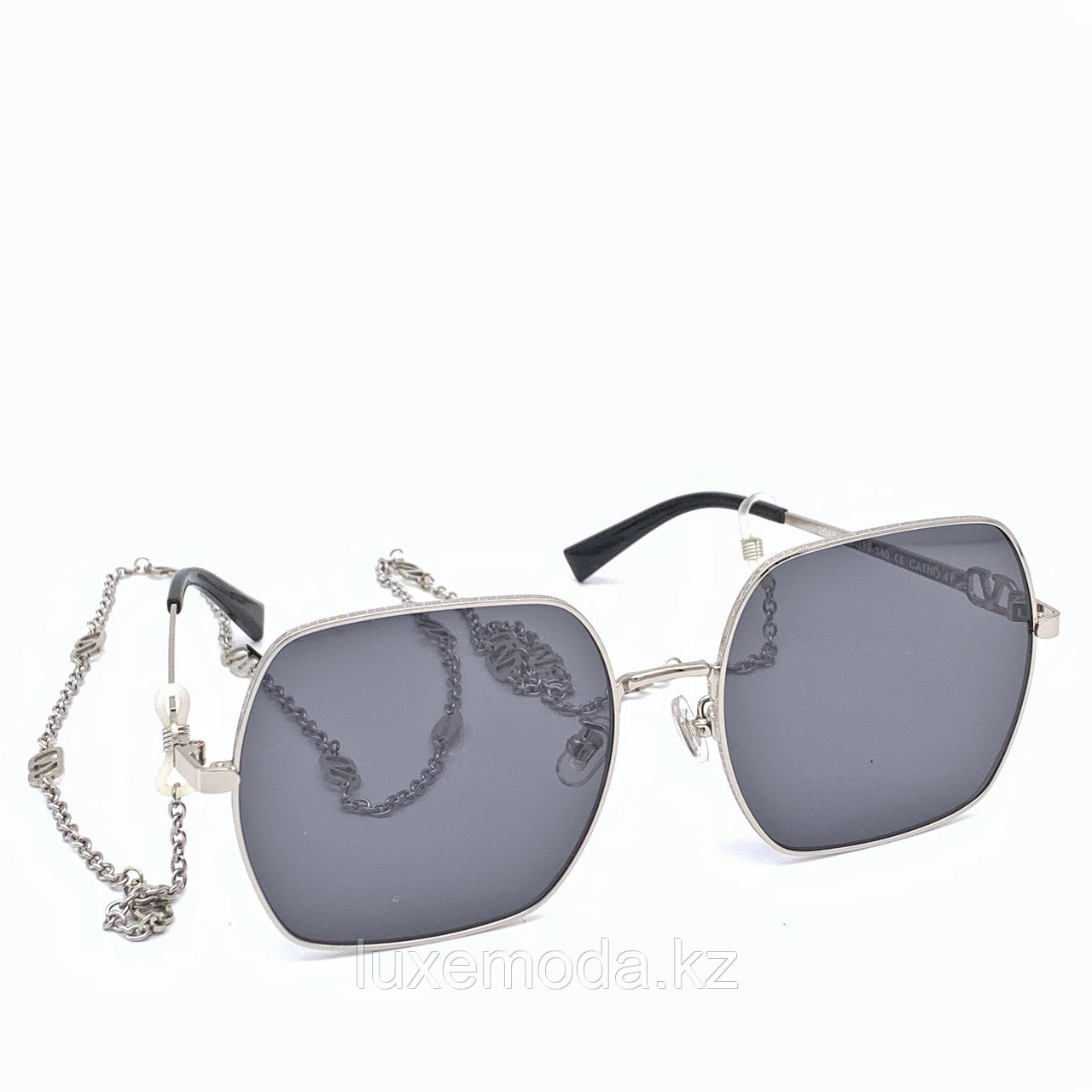 Очки женские Valentino