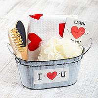 Набор подарочный 'Сердечки' с полотенцем (5 предметов)
