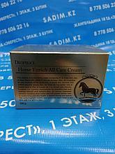 Deoproce Horse Enrich All Care Cream - Интенсивный и питательный крем для лица на основе лошадиного жира