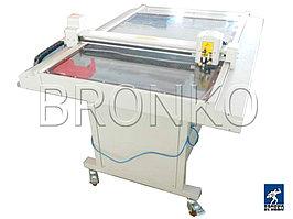 HC-1290. Широкоформатный планшетный плоттер