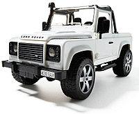 Внедорожник-пикап Land Rover Defender (Bruder, Германия)