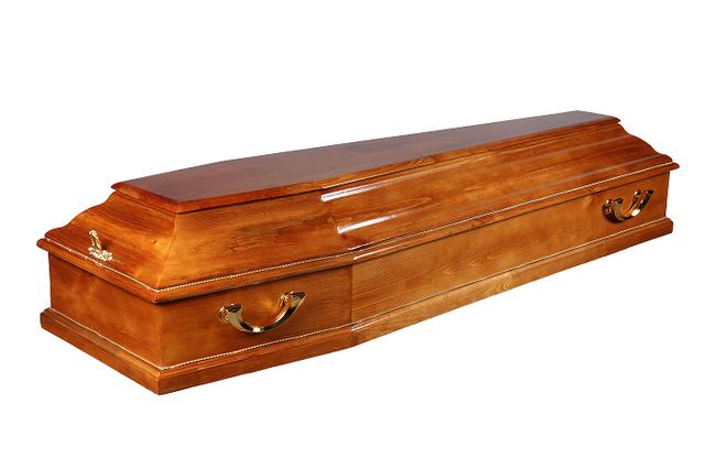 гроб покрытый лаком