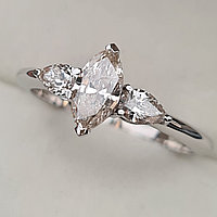 Золотое кольцо с бриллиантами 0.93Сt SI2/G Маркиз+ Капли ( Груши) огранка, фото 1