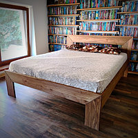 Кровать из массива Карагача