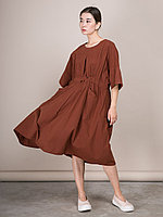 Широкое платье из хлопка с двумя карманами Коричневый