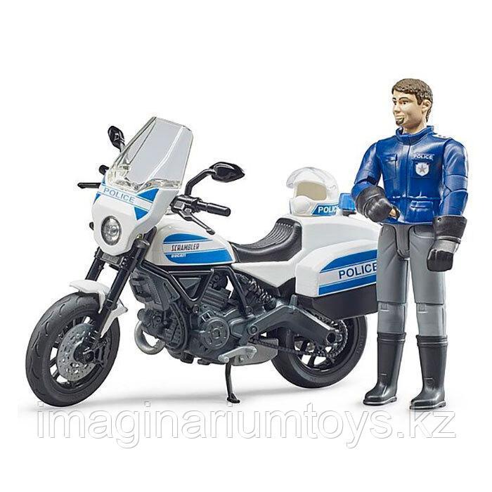 Bruder Игрушечный Мотоцикл Ducati с фигуркой полицейского
