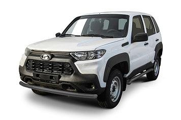 Защита переднего бампера d57 серебристая Lada Niva Travel (2021)