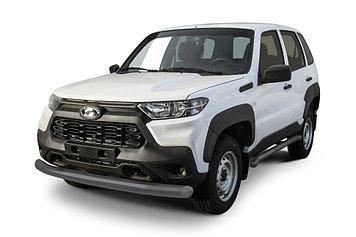 Защита переднего бампера d76 серебристая Lada Niva Travel (2021)