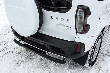 Защита заднего бампера d57 со ступенькой стальной черная Lada Niva Travel (2021)