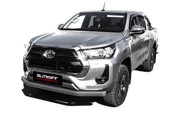 Защита переднего бампера d76 серебристая Toyota Hilux (2020)