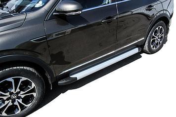 """Пороги алюминиевые """"Optima Silver"""" 1700 Renault Arkana"""
