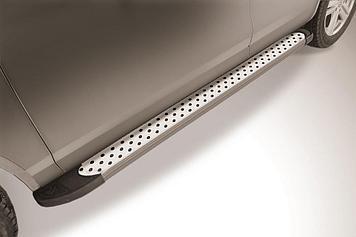 """Пороги алюминиевые """"Standart Silver"""" 2000 серебристые Volkswagen Touareg (2013)"""