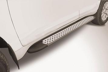 """Пороги алюминиевые """"Standart Silver"""" 1600 серебристые Toyota LC Prado J150 (2017)"""