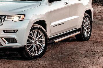 """Пороги алюминиевые """"Luxe Silver"""" 1550 серебристые Jeep GRAND CHEROKEE (2013)"""
