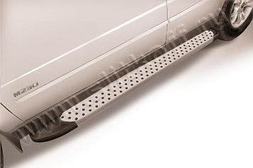 """Пороги алюминиевые """"Standart Silver"""" 1700 серебристые SsangYong Kyron"""