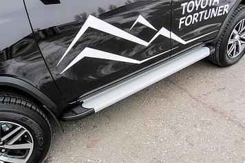 Пороги алюминиевые Optima Silver 1800 серебристые Toyota Fortuner (2017)
