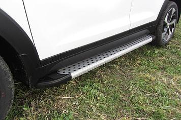 Пороги алюминиевые Standart Silver 1700 серебристые на Hyundai Tucson 4WD (2015)