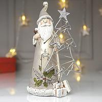 Сувенир полистоун свет 'Дед Мороз в золотистой шубе у ёлочки - свеча' 22х10х12 см
