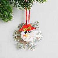 Набор для создания новогодней подвески со светом 'Снеговик с бантиком'