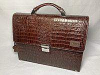 """Мужской кожаный деловой портфель """"BOND NON"""". Высота 27 см, ширина 35 см, глубина 9 см."""