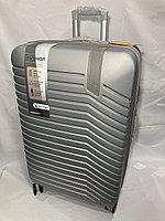 """Большой пластиковый дорожный чемодан на 4-х колесах""""Delong"""". Высота 77 см, ширина 48 см, глубина 30 см., фото 1"""