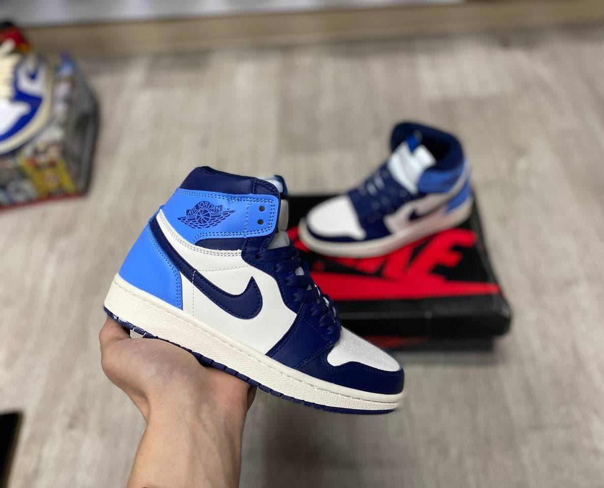 Баскетбольные кроссовки Air Jordan 1 Retro High OG 'University Blue'