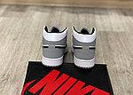 Баскетбольные кроссовки Air Jordan 1 Retro High 'Light Smoke Grey', фото 3