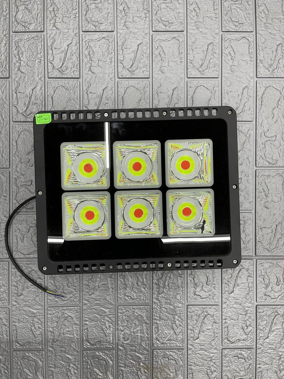 Светодиодный FRGB-2 прожектор 300 Вт