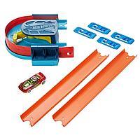 Hot Wheels: Track Builder. Игровой набор с поворотом и ускорителем 1197036