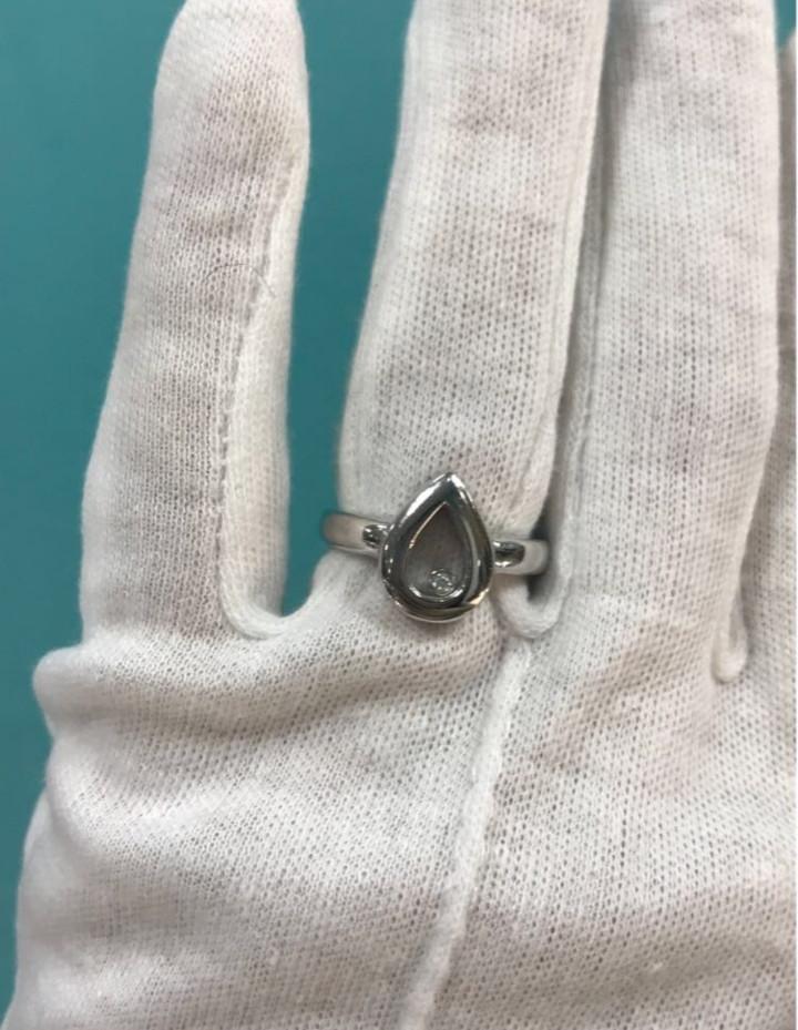 Кольцо с цирконом / белое золото - 17,5 размер