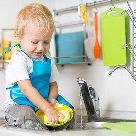 Средства и ершики для мытья детской посуды