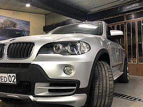 Автомобиль BMW X5 в кузове Е-70 2