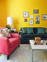 Желтый цвет в гостиной