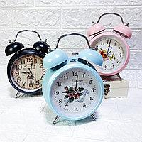 """Часы-будильник с подсветкой """"Винтаж"""", большие."""